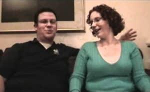 Vaginismus보기 – Erin & Jim이 Women 's Therapy Center에서 자신의 투쟁과 치료법에 대해 논의합니다.
